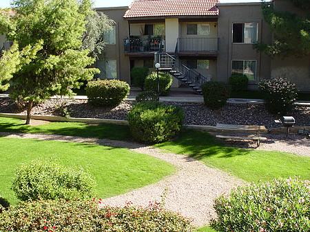 Photos - Desert Springs Apartments - Phoenix - AZ